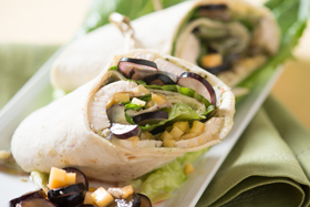 Whole Wheat Wrap with Chimichurri Roasted Chicken, and Black Grape and Mango Salad-th