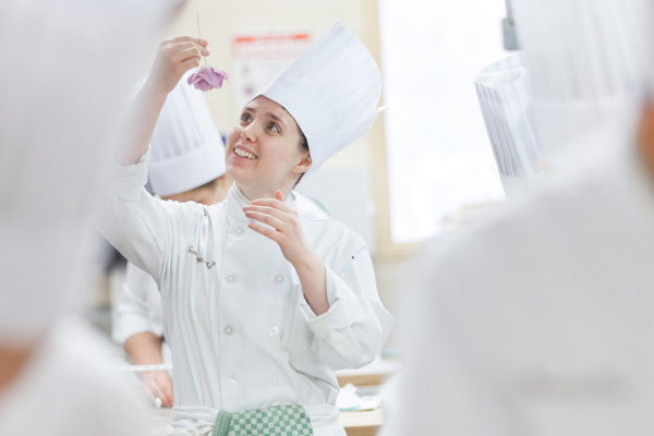 Baking & Pastry Arts - Confectionery Art and Special Occasion Cakes course