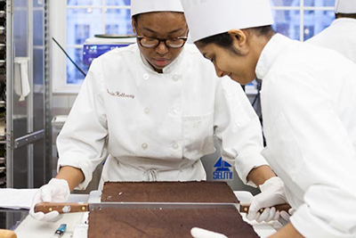 Cool Courses in Baking and Pastry Arts